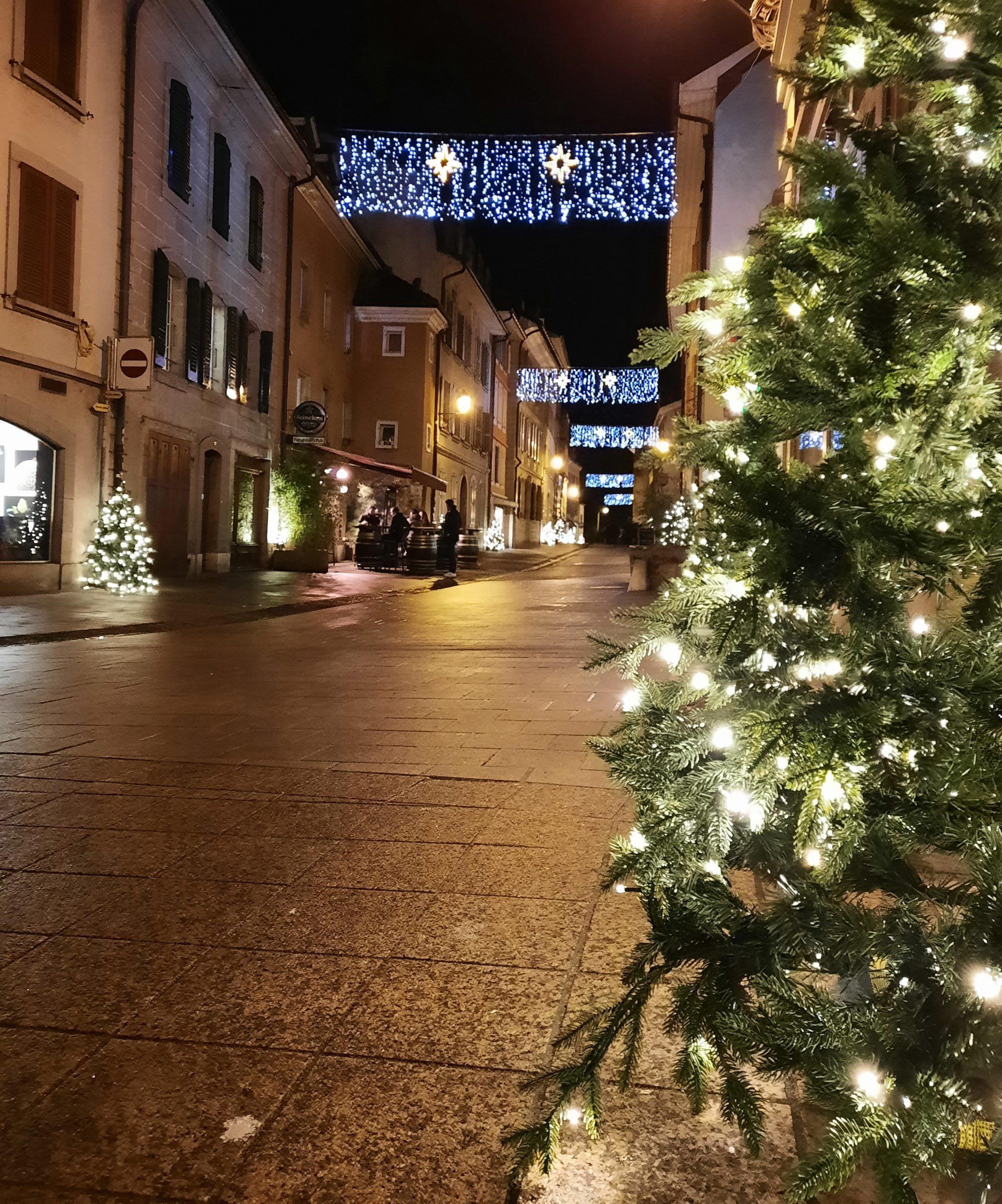 Quartier de Rive décoré, nuit du 12 décembre 2020